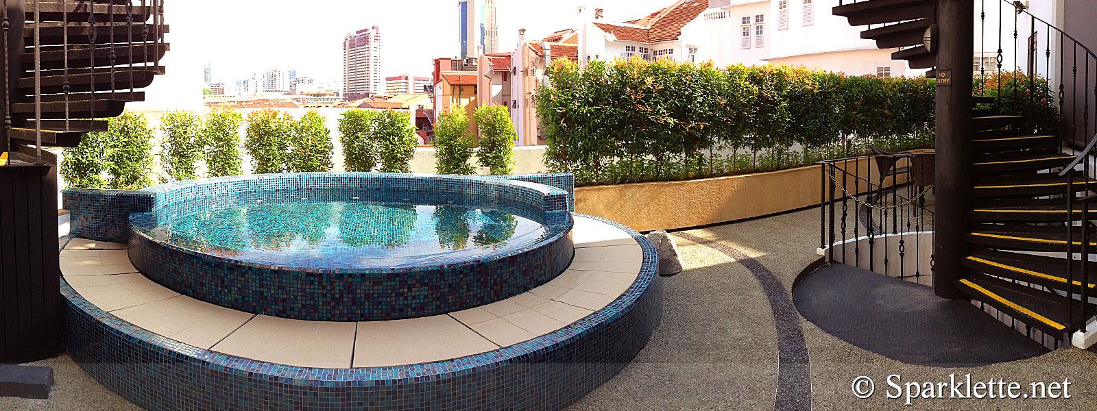 The Scarlet Hotel Splendour Suite Outdoor Jacuzzi Panorama