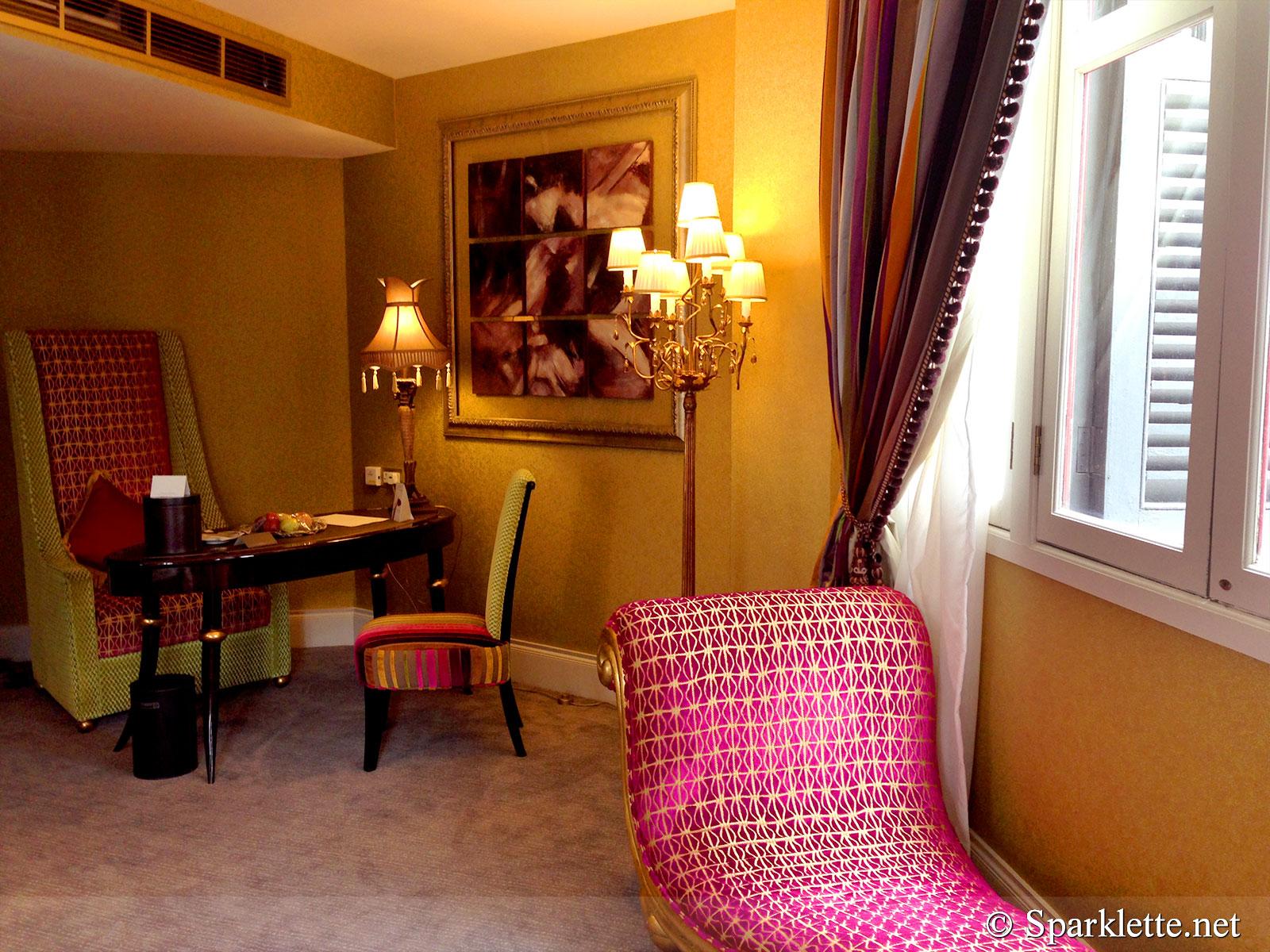 The Scarlet Hotel Splendour Suite Living Room