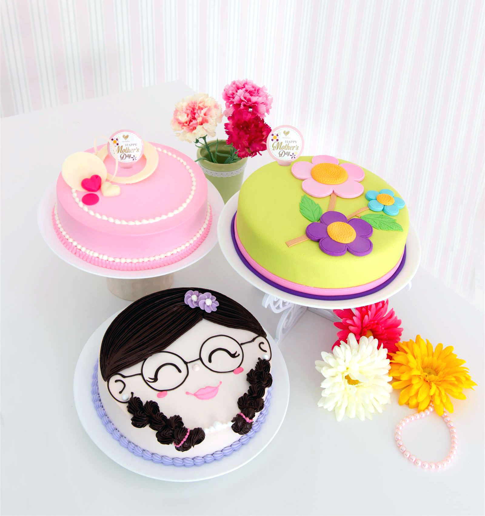 Emicakes Mother's Day Cakes 2014